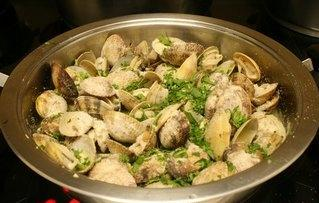 Almejas en salsa verde receta de cocina for Como preparar almejas en salsa