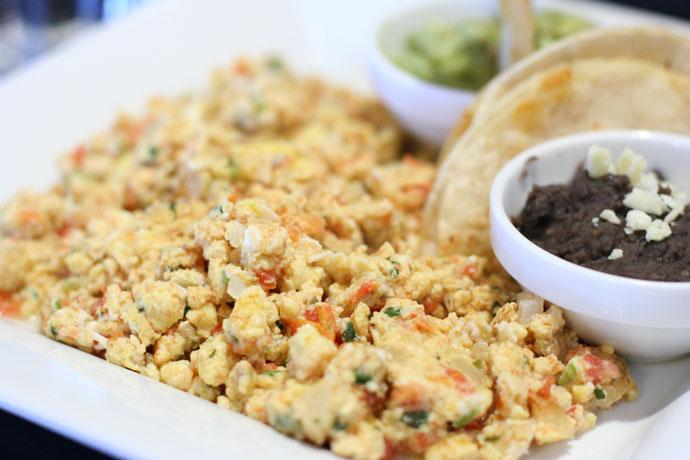 Huevos a la mexicana - Receta de cocina