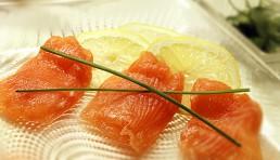 salmon-alwhisky-con-tomate