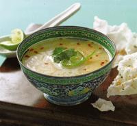 Sopa de lima mexicana
