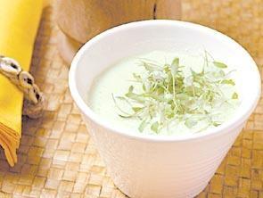 sopa-fria-de-coco