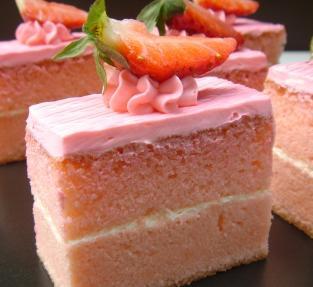tarta-de-fresa-y-nata