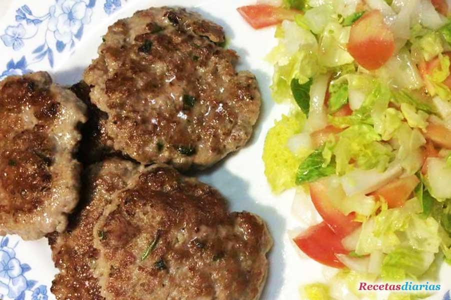 Hamburguesas caseras receta de cocina for Comidas caseras faciles