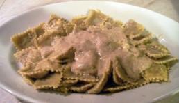 raviolis-con-salsa-de-nueces