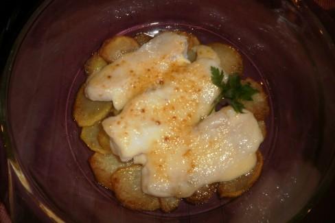 Cocinar Merluza Al Horno   Merluza Con Patatas Y Mayonesa Al Horno Receta De Cocina