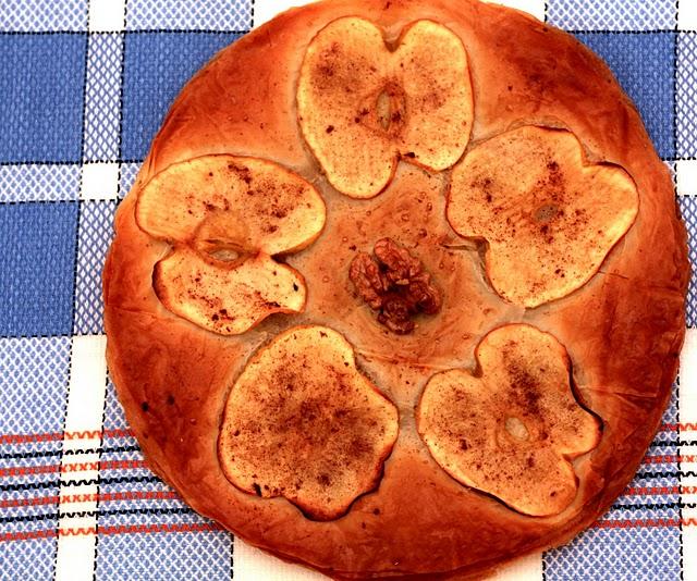 Torta de Manzana, nueces y canela