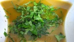 aderezo-de-albahaca-casero-para-ensaladas