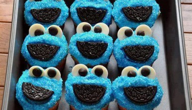 cookie-monster-muffin
