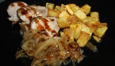 solomillo-de-cerdo-con-cebollas-caramelizadas