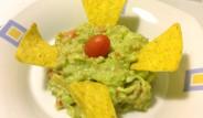guacamole-con-nachos