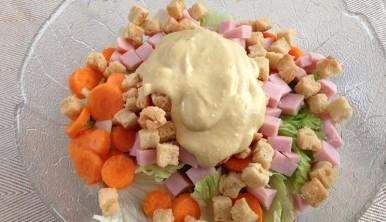 ensalada-cesar-casera-con-salsa-cesar