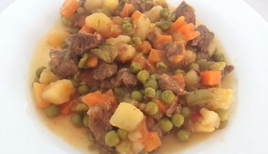 Menestra de verduras y carne en olla express
